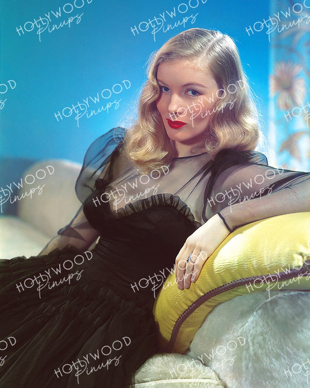 Veronica Lake by JAMES DOOLITTLE 1941 | Hollywood Pinups | Film Star Color and B&W Prints