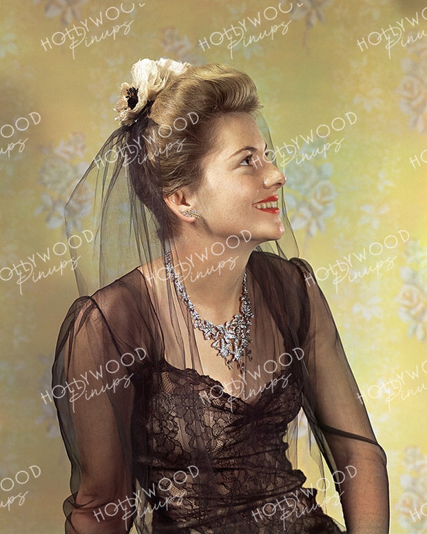 Joan Fontaine by JAMES DOOLITTLE 1941 | Hollywood Pinups Color Prints
