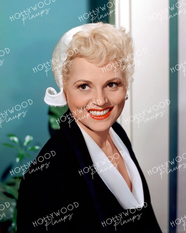 Judy Holliday in BORN YESTERDAY 1950 Kodachrome