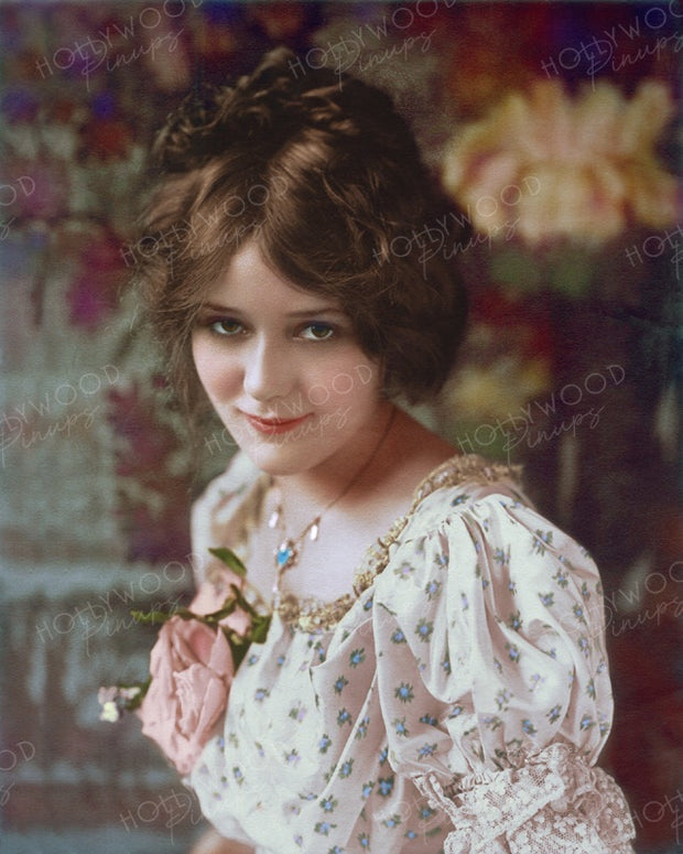 Mary Pickford by Frank C. Bangs 1916 | Hollywood Pinups | Film Star Colour and B&W Prints
