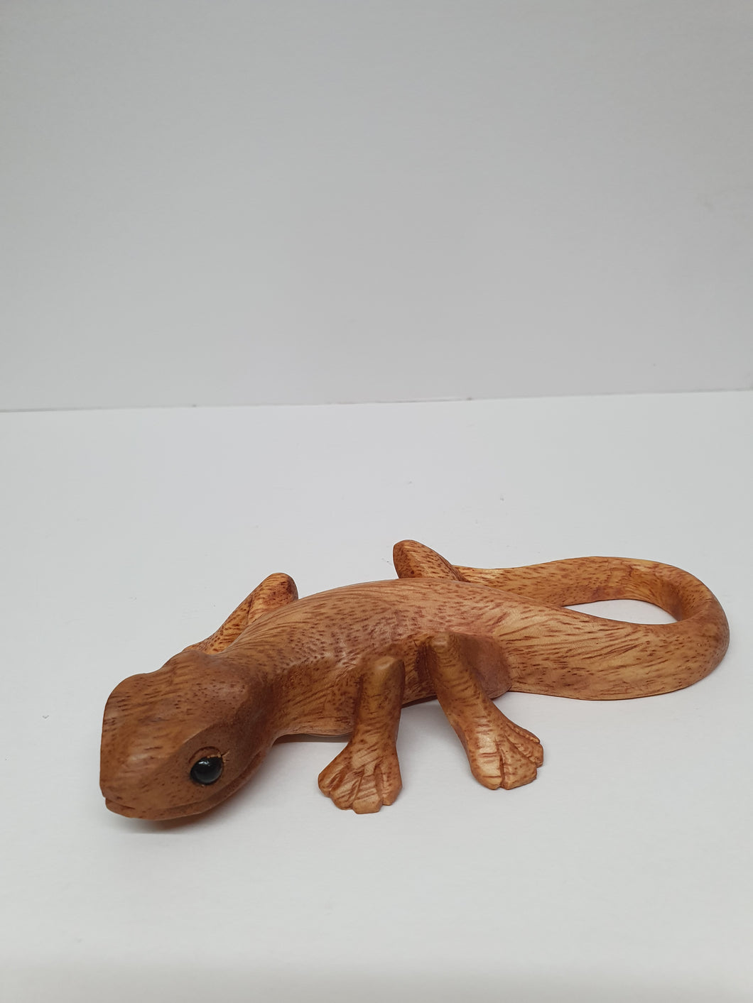 Small Wooden Gecko