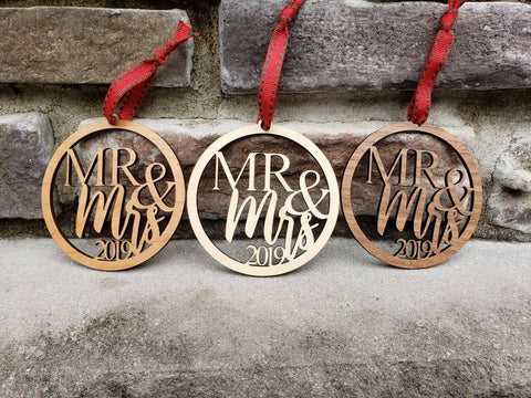 Mr and Mrs 2020 Wood Ornaments - Drifting Purpose