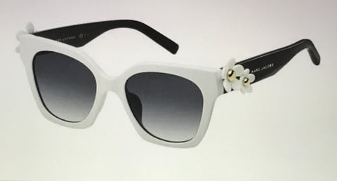 Marc Jacobs  MarcDaisy Square White and Black  Sunglasses Female