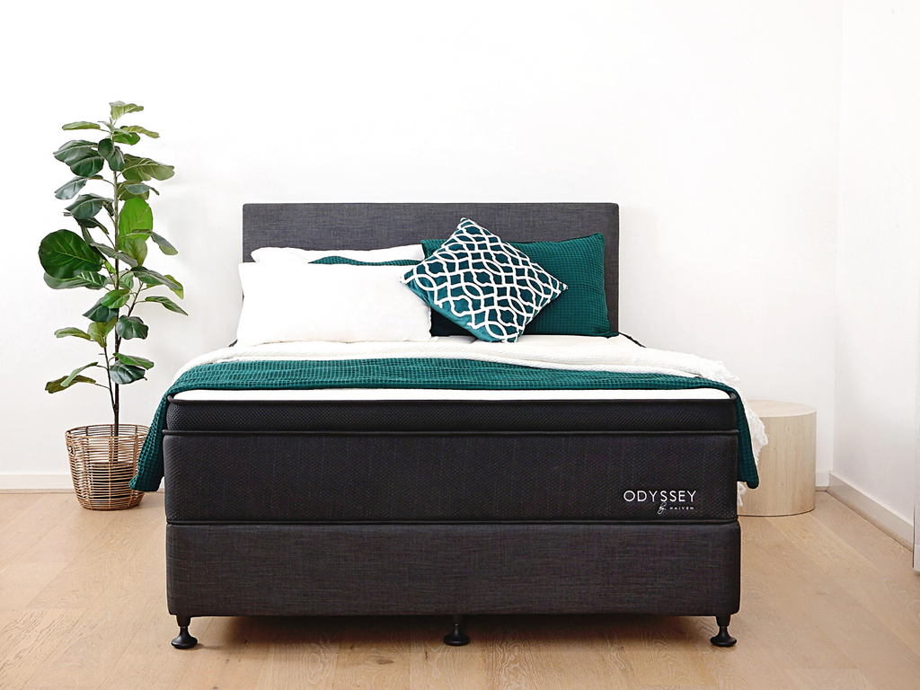 Mattress + bed base