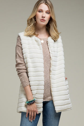 Faux Fur Lined vest with pockets. 2 Colors!