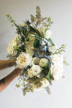 Load image into Gallery viewer, Delphine Bouquet (Large)