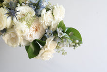 Load image into Gallery viewer, Delphine Bouquet (Small)