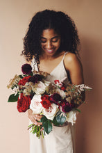 Load image into Gallery viewer, Scarlett Bouquet (Large)