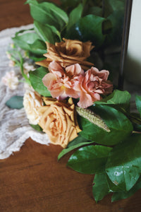 Beatrice Table Wreath with Flowers