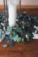 Load image into Gallery viewer, silver dollar eucalyptus