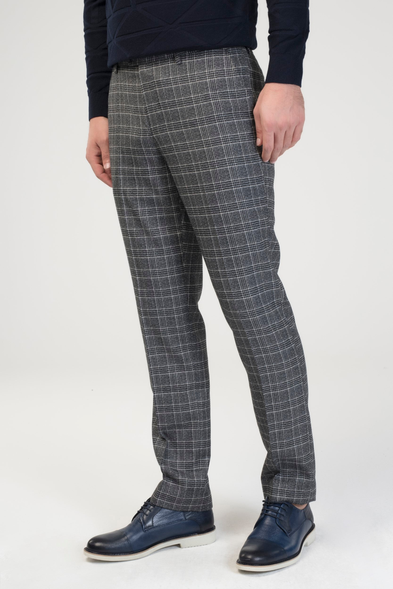 CHECKERED SLIM FIT COTTON PANTS
