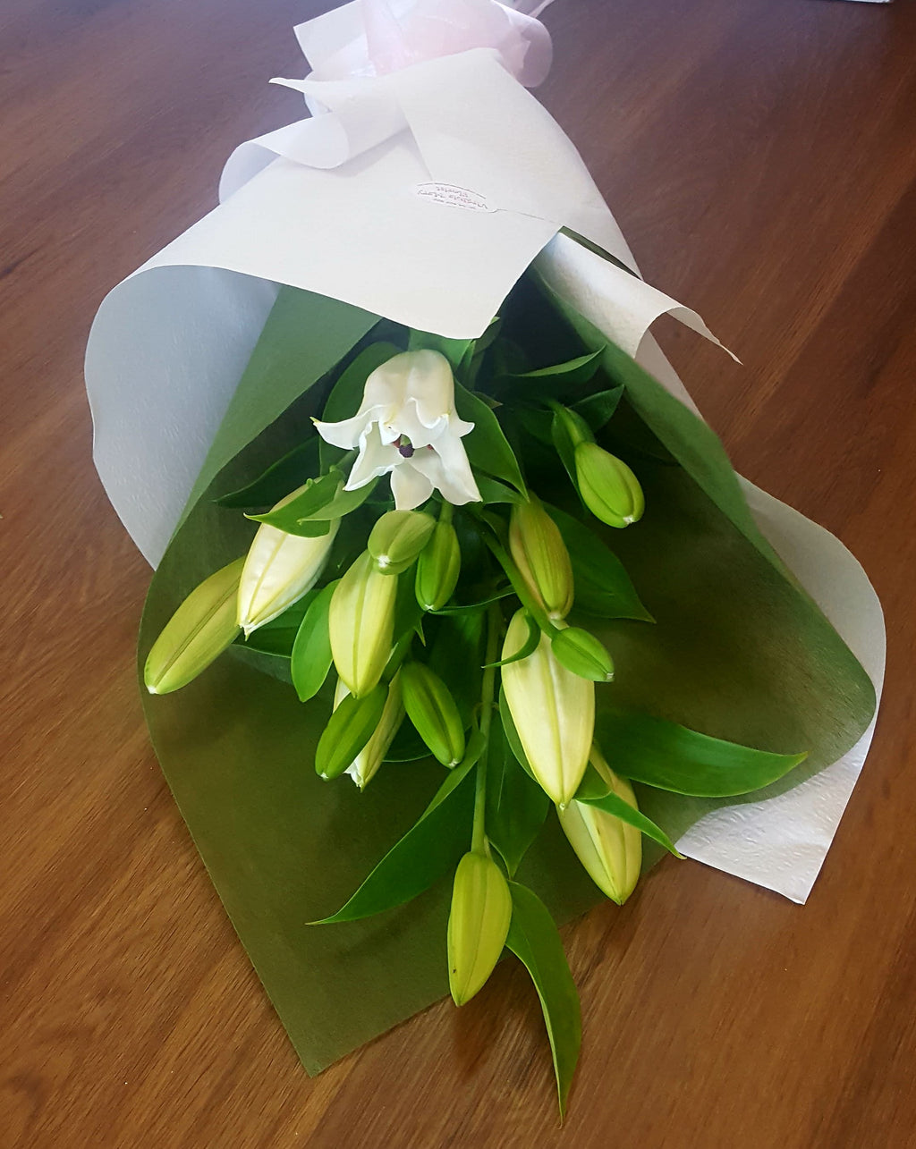 oriental lilies have a beautiful perfume,they come in white & various shades of pink.Lilies are gift wrapped ready for delivery.