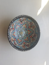 Load image into Gallery viewer, Medium Traditional Turkish Bowls