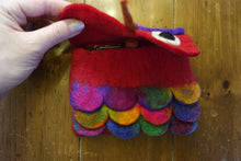 Load image into Gallery viewer, Handmade Felted Purses