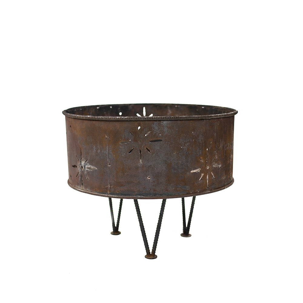 Rustic Iron Fire Pit - Alpine Event Co.