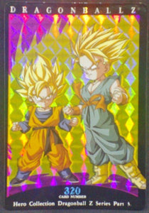 trading card game jcc carte dragon ball z Hero Collection Part 3 n°320 (2001) Amada trunks songoten dbz