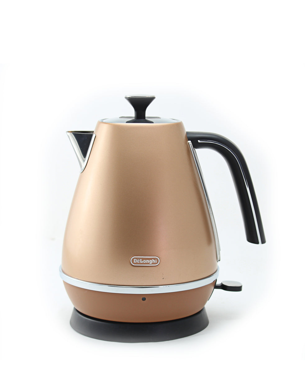 DeLonghi Distinta Kettle 1.7LT - Copper