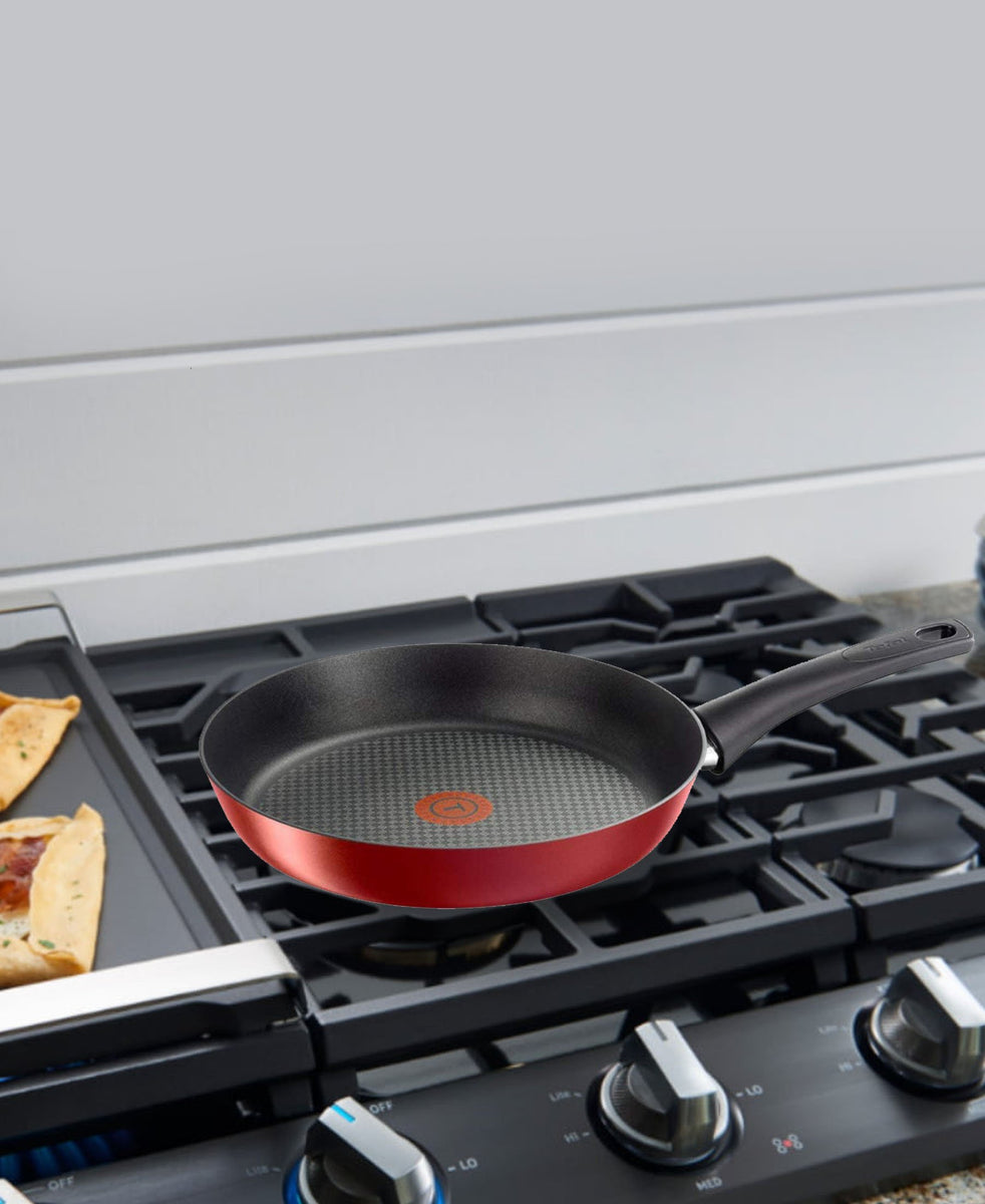 Tefal Essential Saute Pan 24cm - Red