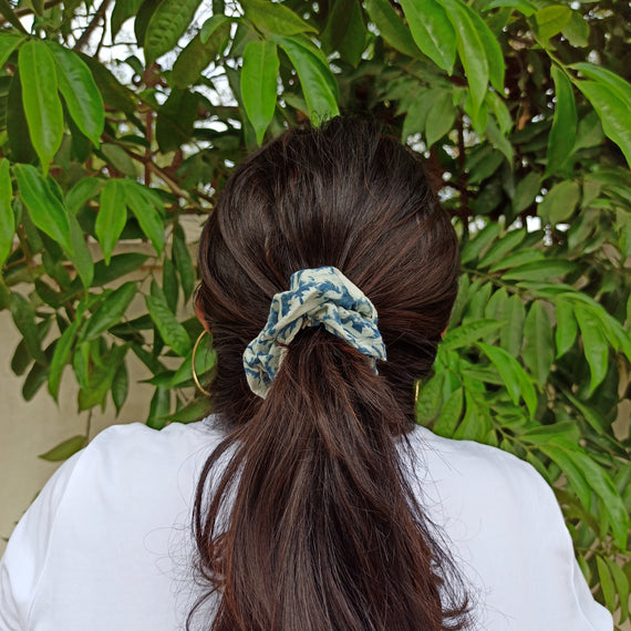 Ariana Mini Scrunchie