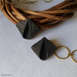 Ammil Earrings - Black