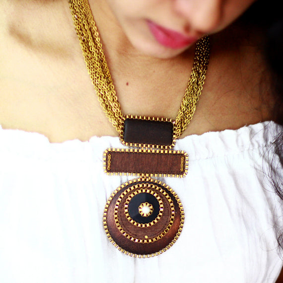 Simply Classy Necklace