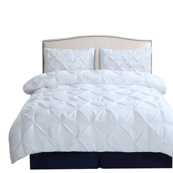 DreamZ Diamond Pintuck Duvet Cover Pillow Case Set in UK Size in White