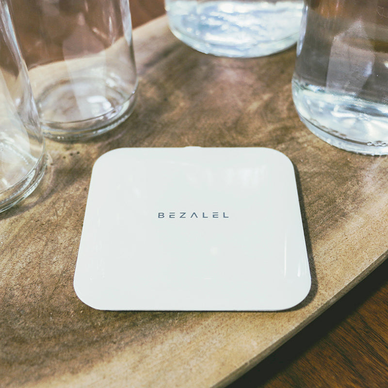 Futura X Wireless Charging Pad [ BLACK / WHITE ]  [ FREE SHIPPING ]