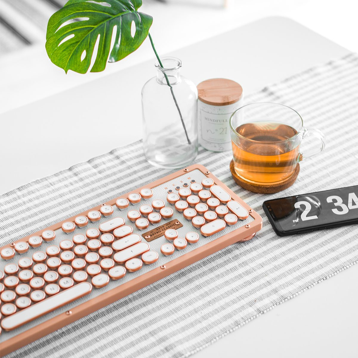 Bluetooth Retro Classic Mechanical Keyboard (EL WOOD / POSH)