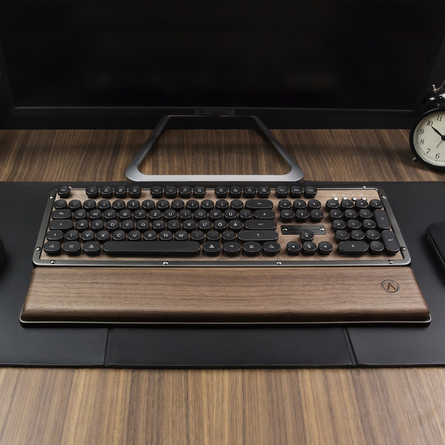 Retro Classic Palm Rest (El Wood / Posh)