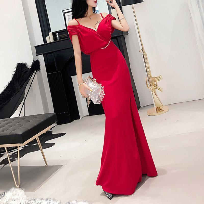 Fashion Elegant V Neck Pure Colour Sling Evening Dress Red / One Size
