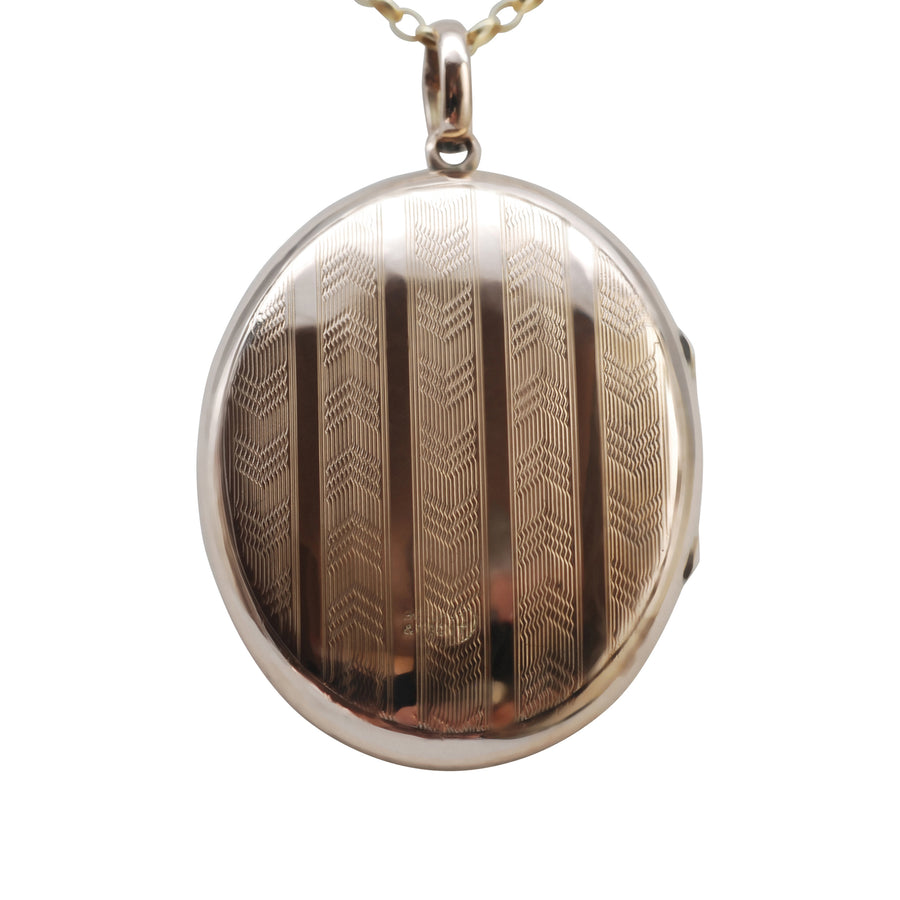 1930's Large Oval 9ct Gold B+F locket