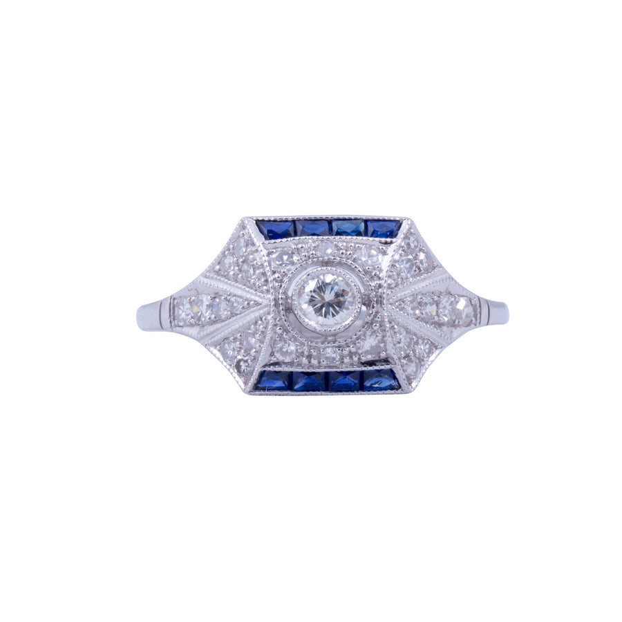 18ct White Gold Diamond and Sapphire Deco Style ring.