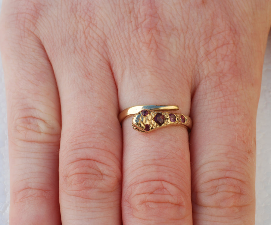 Vintage 18ct Yellow Gold and Ruby Single Snake Ring