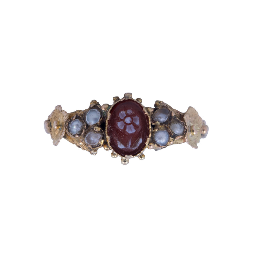 Victorian 15ct Yellow Gold,Hard Stone and Seed Pearl Cameo Ring.