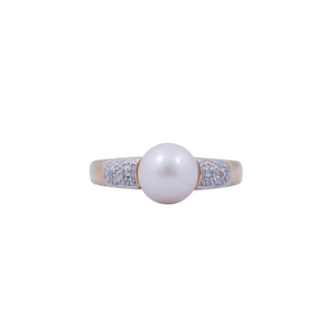 Vintage 14Kt Yellow Gold ,Pearl and Diamond Ring.
