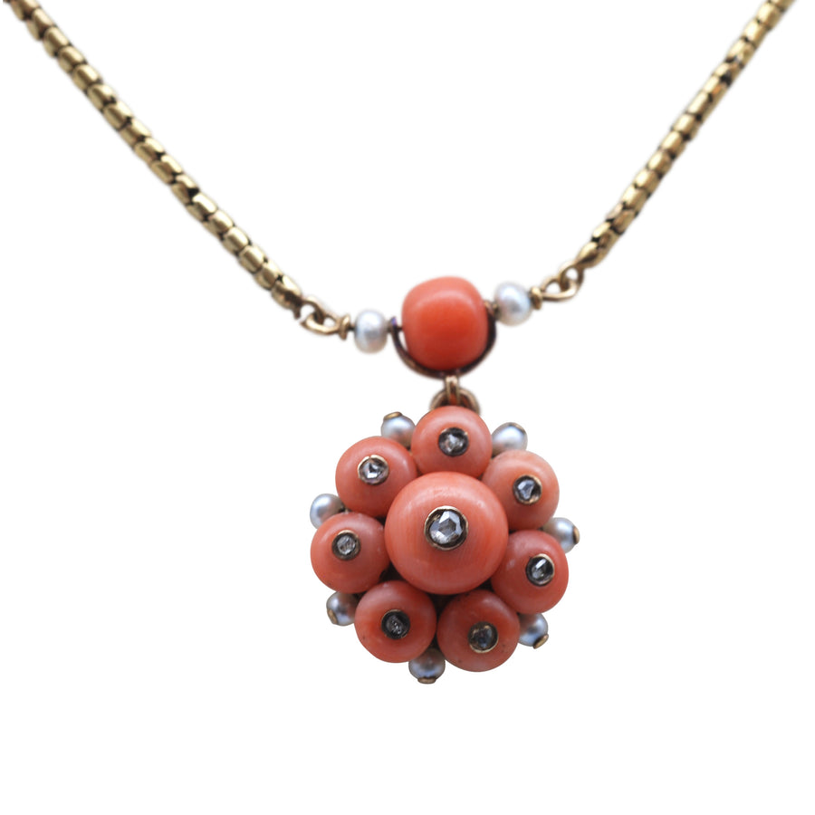 Georgian 15ct Gold And Coral And Rose Cut Diamond Necklet - close up locket