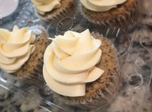 Load image into Gallery viewer, Vegan Earl Grey Cupcakes