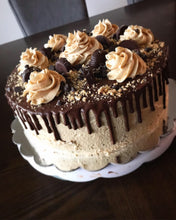 Load image into Gallery viewer, Vegan Chocolate Peanut Butter Cake