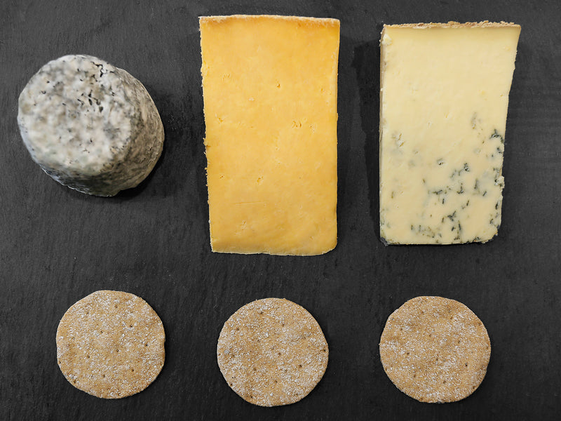 Ten Tips for creating the perfect Christmas cheese board
