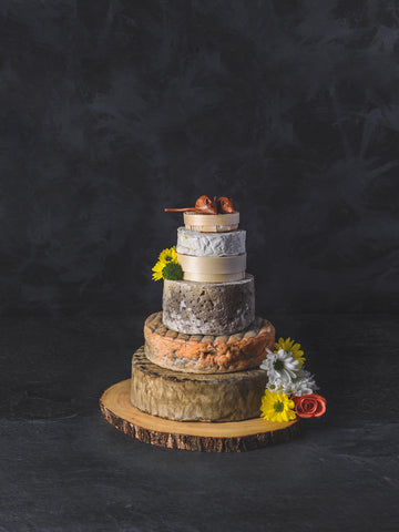 The Alde Medium Cheese Wedding Cake