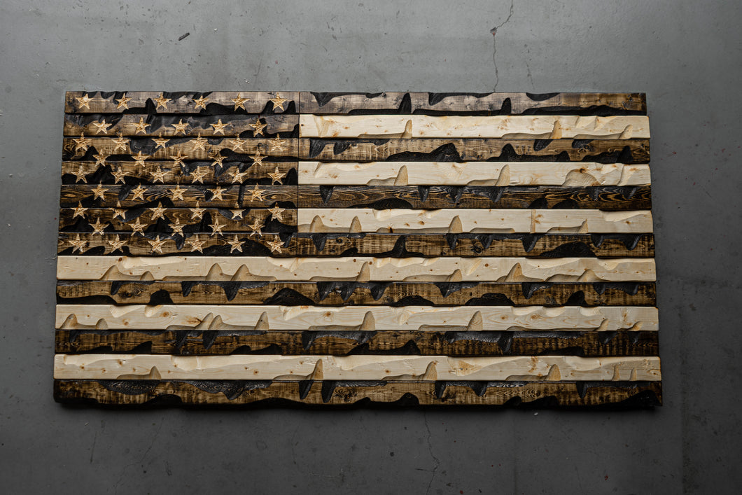 "WOOD GRAIN Rustic American Flag 60"" x 32"""