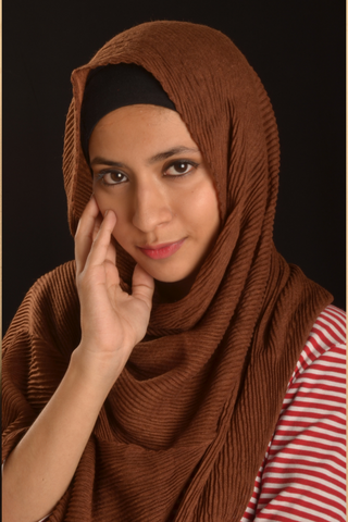 Brown Cotton Pleated Hijab - Fakhur