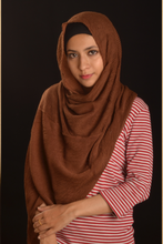 Load image into Gallery viewer, Brown Cotton Pleated Hijab