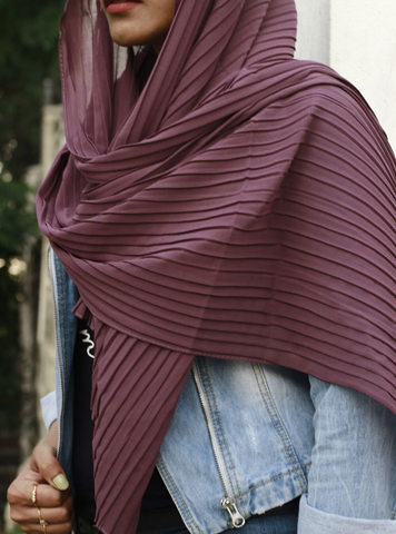 Cerise Knife Pleated Hijab - Fakhur