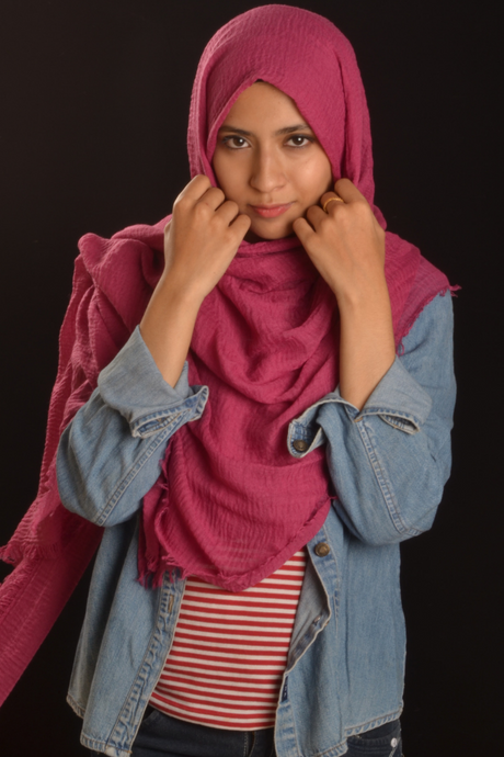 Rasperry Cotton Wrinkle Hijab