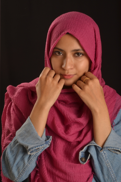 Rasperry Cotton Wrinkle Hijab - Fakhur