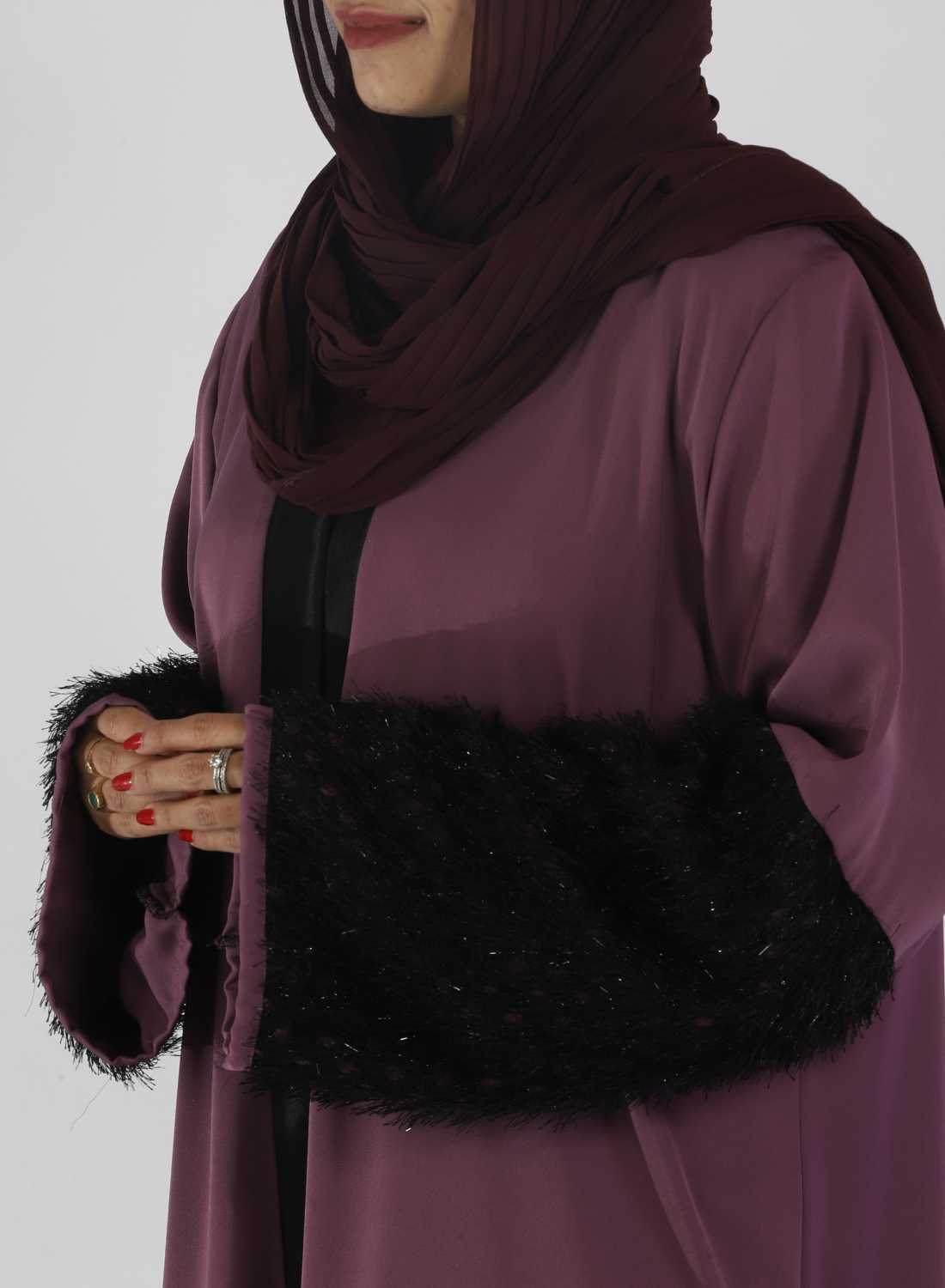 Mauve Abaya With Fur On Sleeves ( Front Open)