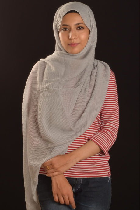 Silver Pearl Cotton Pleated Hijab