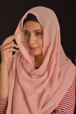 Peach Cotton Pleated Hijab - Fakhur