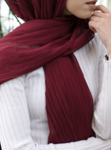 Maroon Knife Pleated Hijab - Fakhur